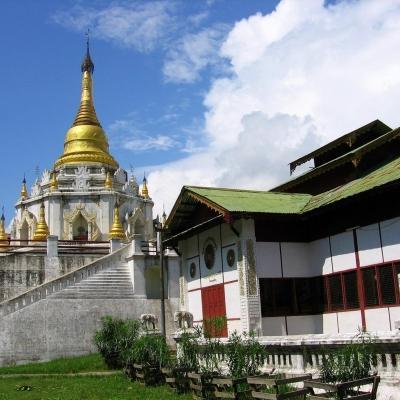 -  -  Myanmar 27-10-2015 16:26